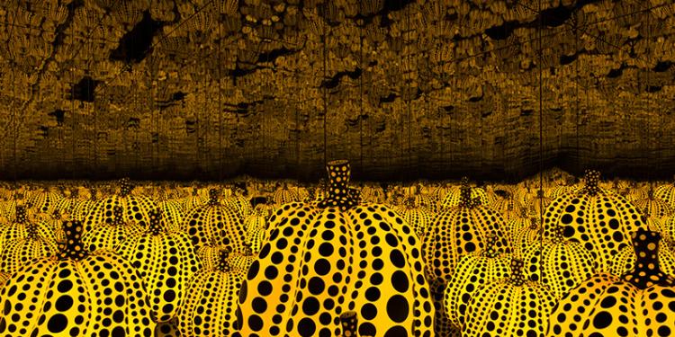 "Yayoi Kusama's ""Pumpkin"" Infinity Room."