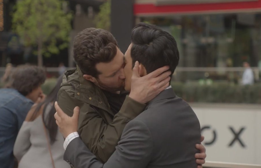 difficult-people-hulu-billy-eichner-gay-kiss